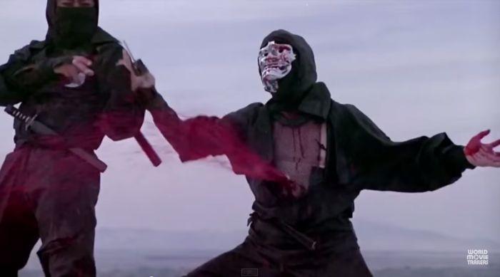 zabity ninja obficie krwawi