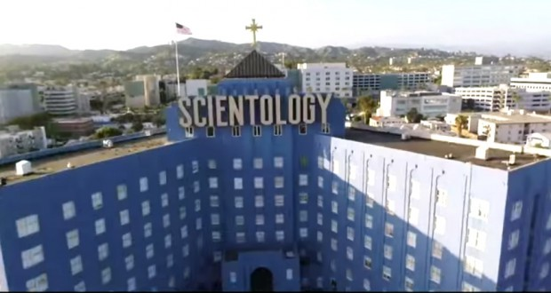 """""""Going Clear: Scientology and the Prison of Belief"""" - fot. screen z Youtube"""