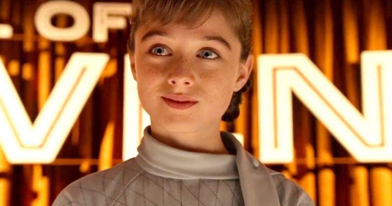 Raffey Cassidy w filmie Kraina jutra