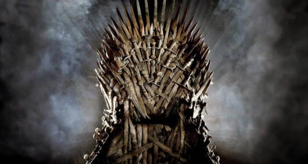 Żelazny Tron z serialu Gra o Tron Game of Thrones
