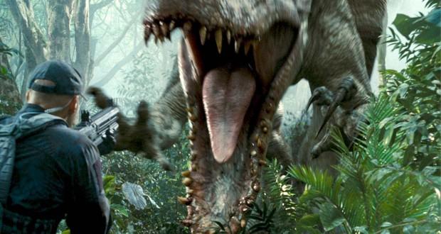 Indominous rex główny czarny charakter w filmie Colina Trevorrowa Jurrasic World recenzja