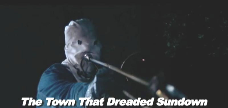 recenzja filmu The Town That Dreaded Sundown, morderstwo puzonem