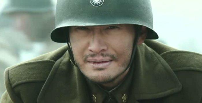 Xiaoming Huang w hełmie patrzy przed siebie - recenzja The Crossing John Woo