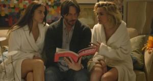 Keanu Reeves z dwoma młodymi kobietami - recenzja filmu Knock Knock