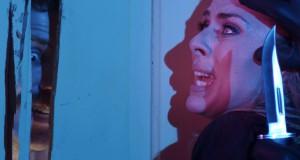 szaleniec z nożem atakuje kobietę, recenzja filmu The Editor