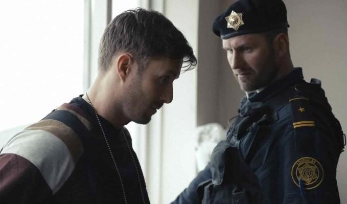 żołnierz oddziałów specjalnych i policjant wydziału wewnętrznego - recenzja filmu Krew bohatera