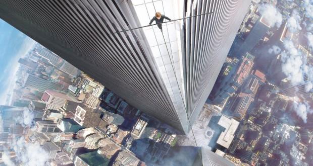 The Walk. Sięgając chmur. Petit przechodzi po linie między wieżami World Trade Center