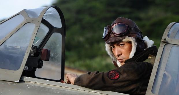 Pilot myśliwca Zero siedzący w kabinie, recenzja filmu The Eternal Zero