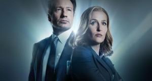 Z archiwum X (2016), David Duchovny jako Fox Mulder i Gillian Anderson jako Dana Scully.