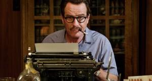 Bryan Cranston za maszyną do pisania w filmie Trumbo