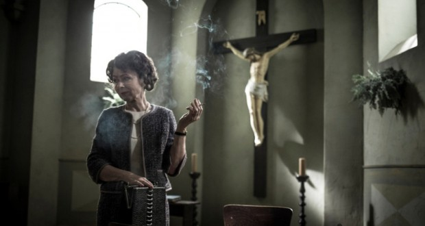 Maria Mamona w filmie Zaćma.