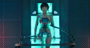 Ghost in the Shell. Recenzja filmu. Scarlett Johansson nago.
