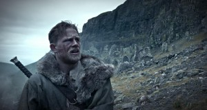 Król Artur: Legenda miecza [King Arthur: Legend of the Sword] (2017), reż. Guy Ritchie.
