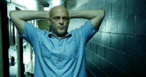 Brawl in Cell Block 99 (2017), reż. S. Craig Zahler.