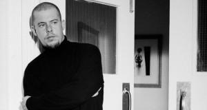 McQueen (2018), reż. Ian Bonhôte.