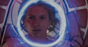 Tlen, Oxygen (2021), reż. Alexandre Aja. Netflix.